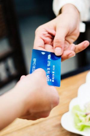 layanan perbankan dan finansial